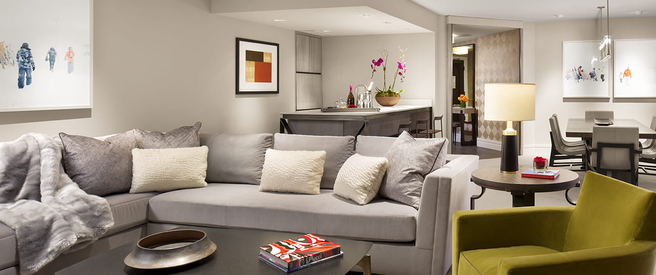 iselin suite living room aspen