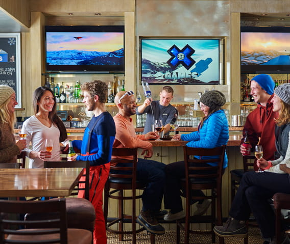 Apres Ski Aspen at the Chair 9 Bar – Aspen Chair