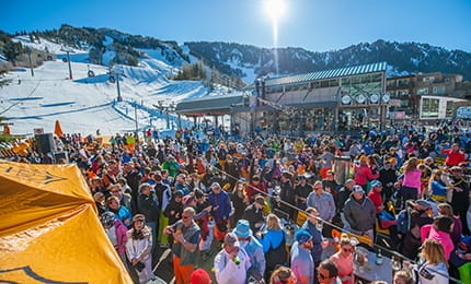 aspen mountain closing day